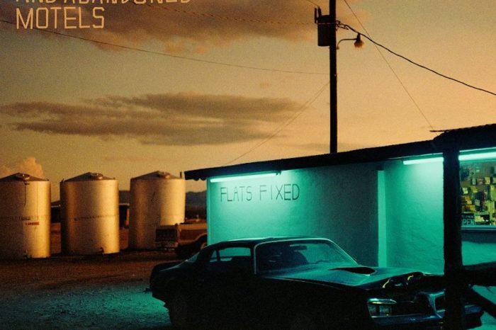 The Jayhawks: Back Roads and Abandonded Motels